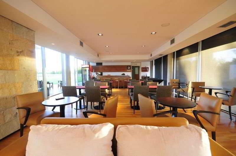 Herradura Hotel Suites - Restaurant