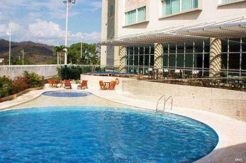 Sonesta Hotel Valledupar - Pool