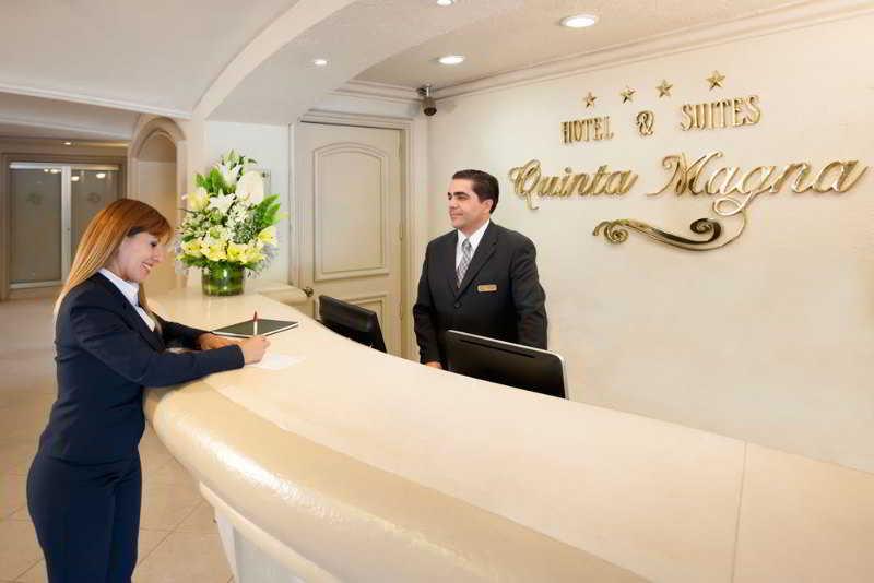 Hotel & Suites Quinta Magna - Diele