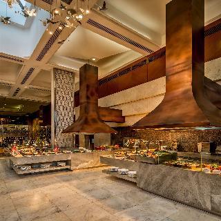 Diamond Hotel Philippines - Restaurant