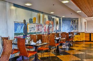 Manhattan Plaza - Restaurant