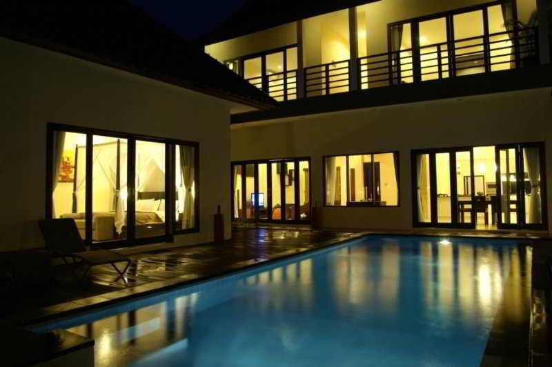 Villa Aamoda Bali, Jl. Batu Mejan Echo Beach,