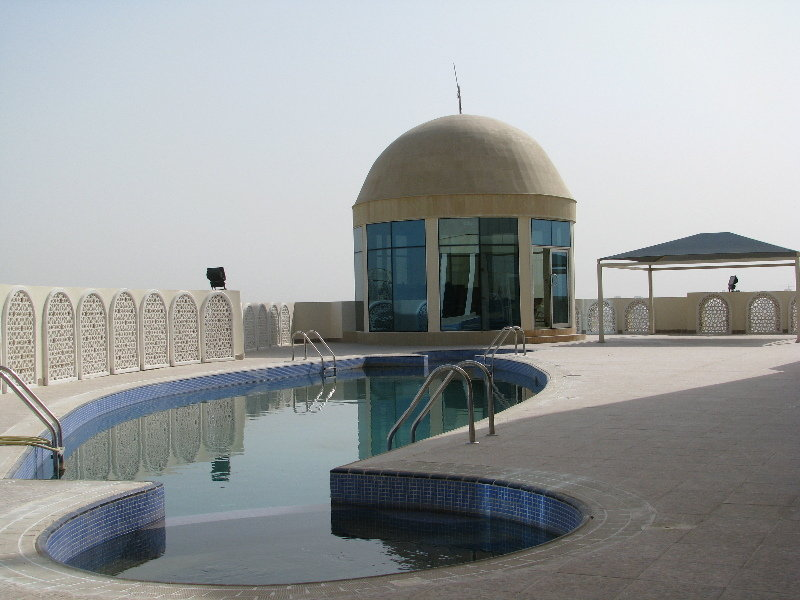 Horizon Manor - Pool