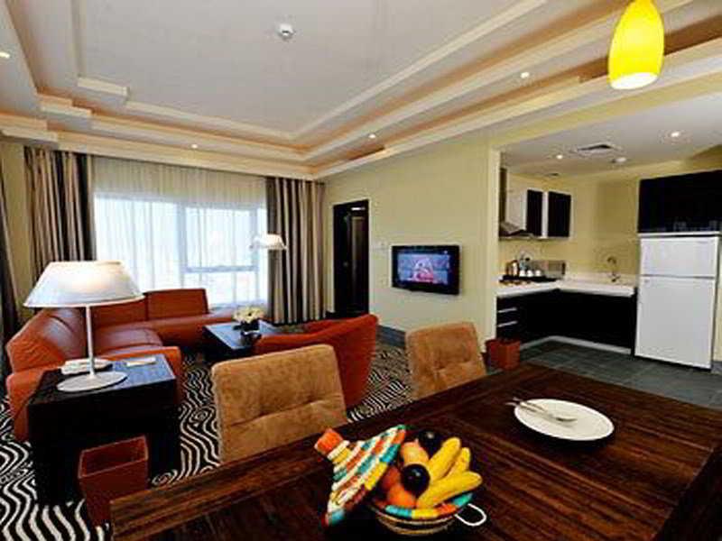 Al Raya Suites - Zimmer