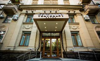 Teatralny Hotel, Troitska Str.,23