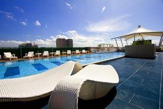 The Bellevue Manila - Pool