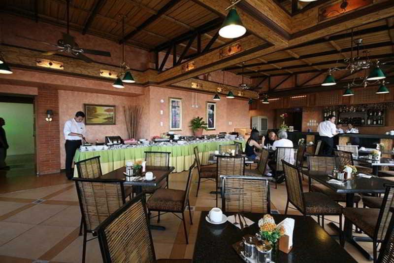 Pearl Lane - Restaurant