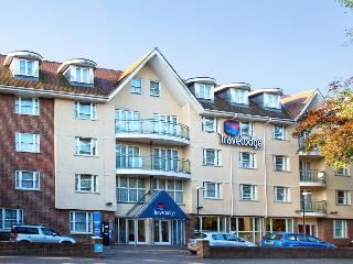 Travelodge Bournemouth, 43 Christchurch Road,43