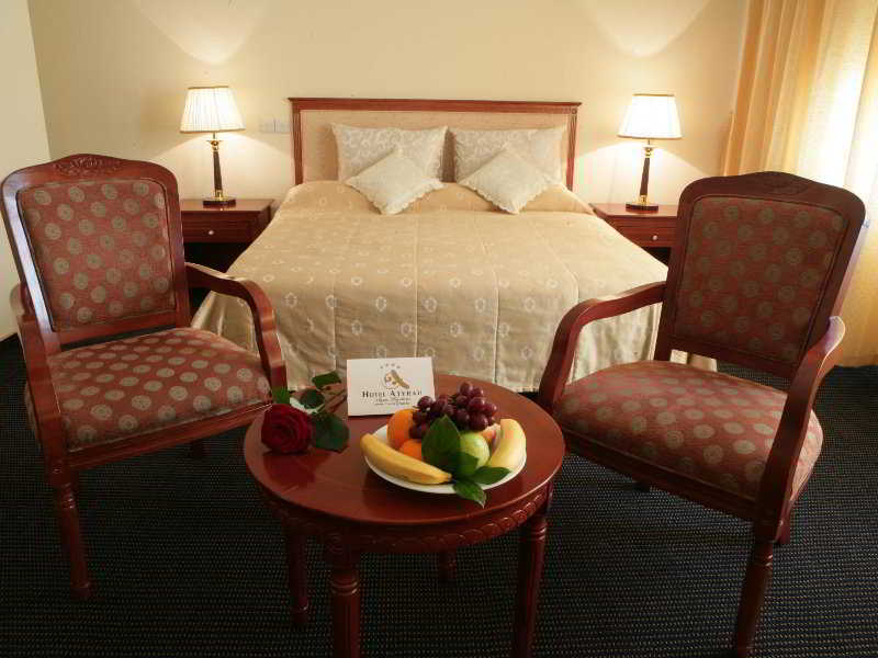 Parasat Hotel & Residence - Zimmer