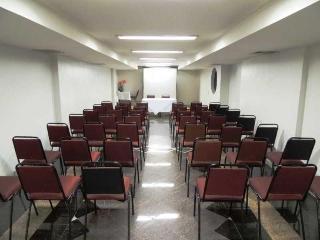Serrana Palace, Rua Dos Goitacazes,450