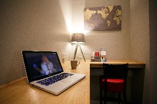 Holiday Inn Express…, M2, Junction 1, Ballymena…