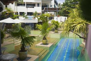 Peninsula Boutique Hotel, 9-13 The Esplanade Port Douglas…