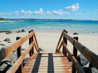 Greenmount Beach Resort, 3 Hill Street Coolangatta,