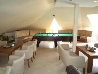 Marine House Hotel, Sehit Recep Koc Cad Isa Celebi…