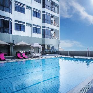 Fahrenheit Suites Kuala Lumpur - Pool