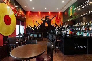 Ramada by Wyndham Abu Dhabi Downtown - Bar