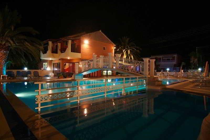 Olga`s Hotel & Pool