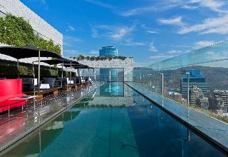 W Santiago - Pool