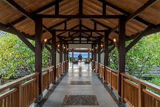 Crimson Resort & Spa Mactan - Diele