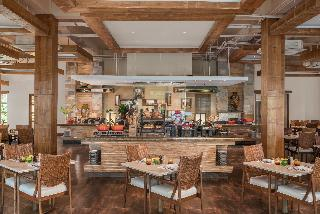 Crimson Resort & Spa Mactan - Restaurant
