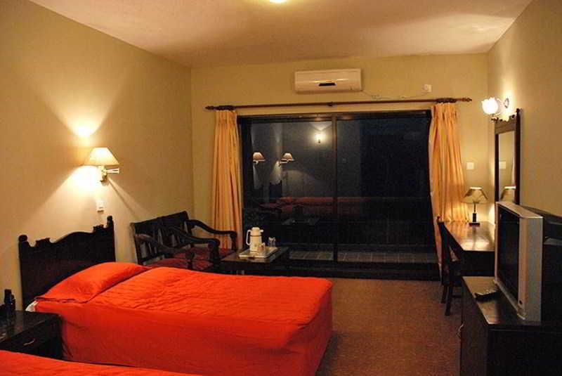 Chautari Paradise Inn - Zimmer