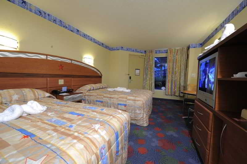 Disney`s All Star Sports Resort Package