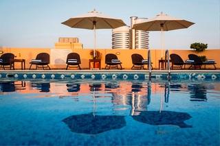 Arabian Dreams Hotel Apartments - Pool