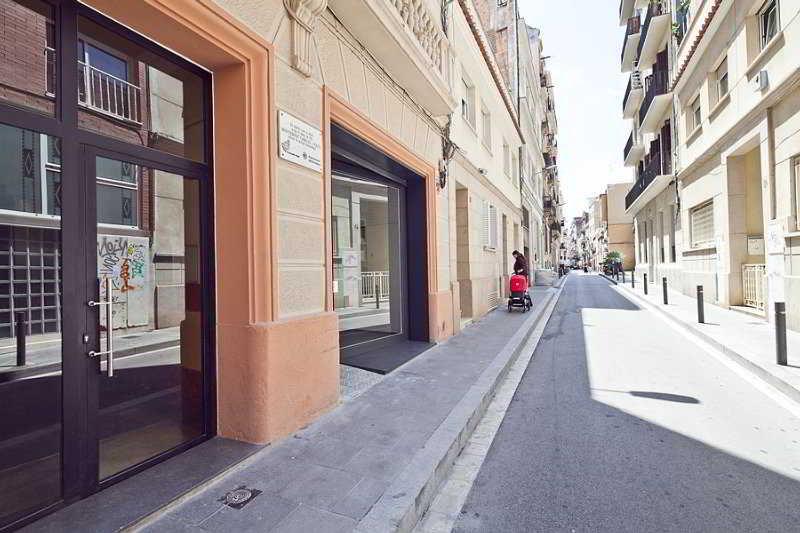 Montserrat Apartment