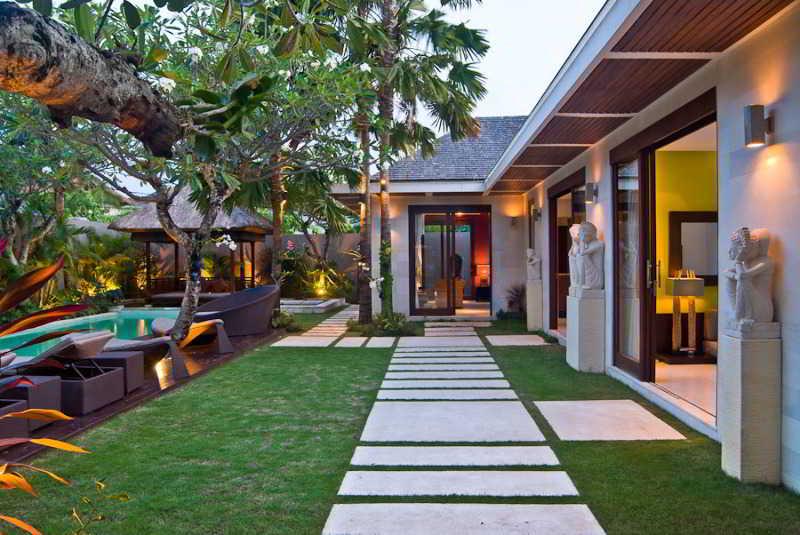Chandra Luxury Villas…, Jalan Sari Temuku Gang Sandat…