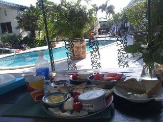 Aruba Harmony Apartments - Restaurant