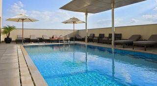 Centro Al Manhal - Pool