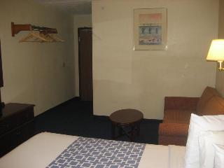 Easy Rest Inn, 7220 Plantation Road,