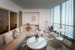Jumeirah at Etihad Towers - Zimmer