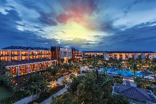Sunrise Premium Resort…, Au Co Road Cua Dai Beach,…