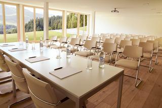 Nira Alpina - Konferenz