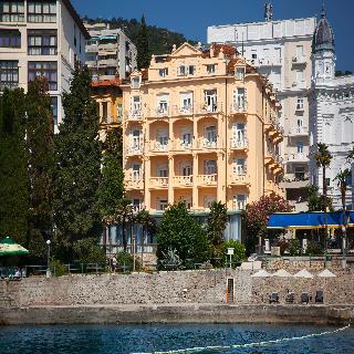 Smart Selection Hotel…, M. Tita,133