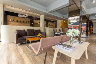 Bangkok Hotels:Tonaor Place Bangkok