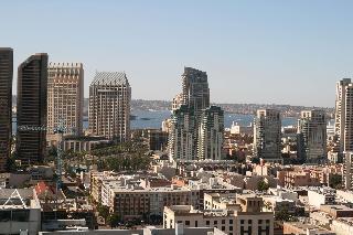 Book Hampton Inn San Diego Downtown San Diego - image 3