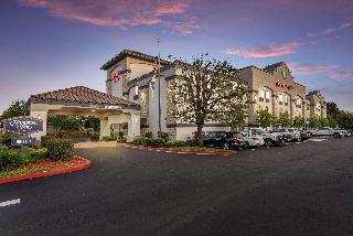 Hampton Inn Oakland-Hayward, 24137 Mission Boulevard,