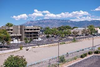 Hampton Inn Albuquerque-University/Midtown, 2300 Carlisle Ne,