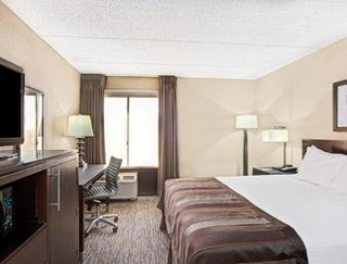 Wingate by Wyndham Los Angeles Int Airport