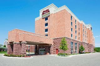 Hampton Inn & Suites Detroit Airport Romulus