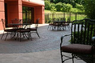 Book Hampton Inn and Suites Wilder Cincinnati - image 1