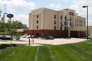Book Hampton Inn and Suites Wilder Cincinnati - image 2