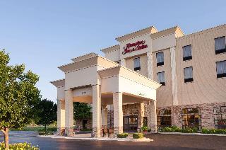 Hampton Inn & Suites Addison