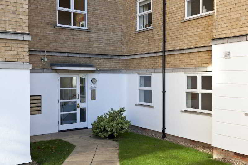 Elegant Zone 2 London Apartment