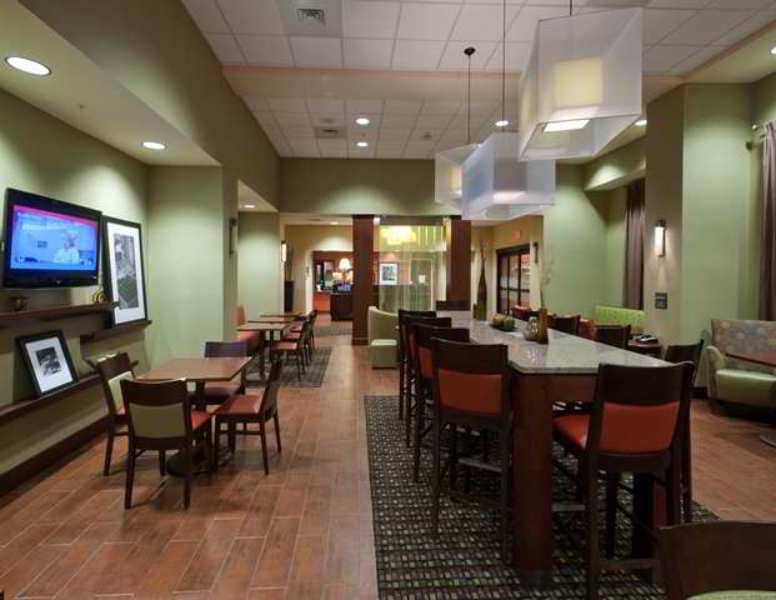 Hampton Inn And Suites - Winston - Salem/university