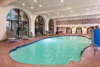 Aksarben Suites Omaha