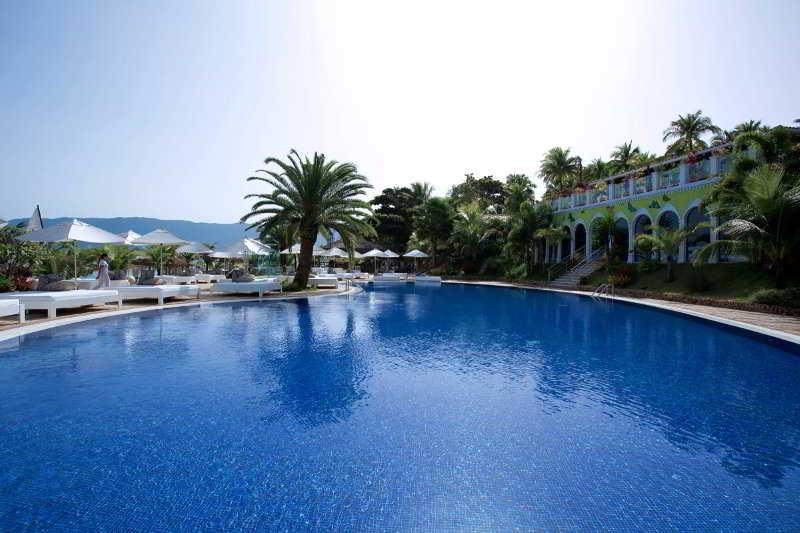 DPNY Beach Hotel & Spa - Pool