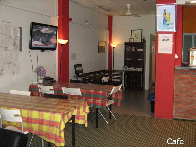 Society Backpackers' Hotel - Restaurant